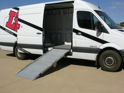 Link Ramps Installer for Vehicle Ramps